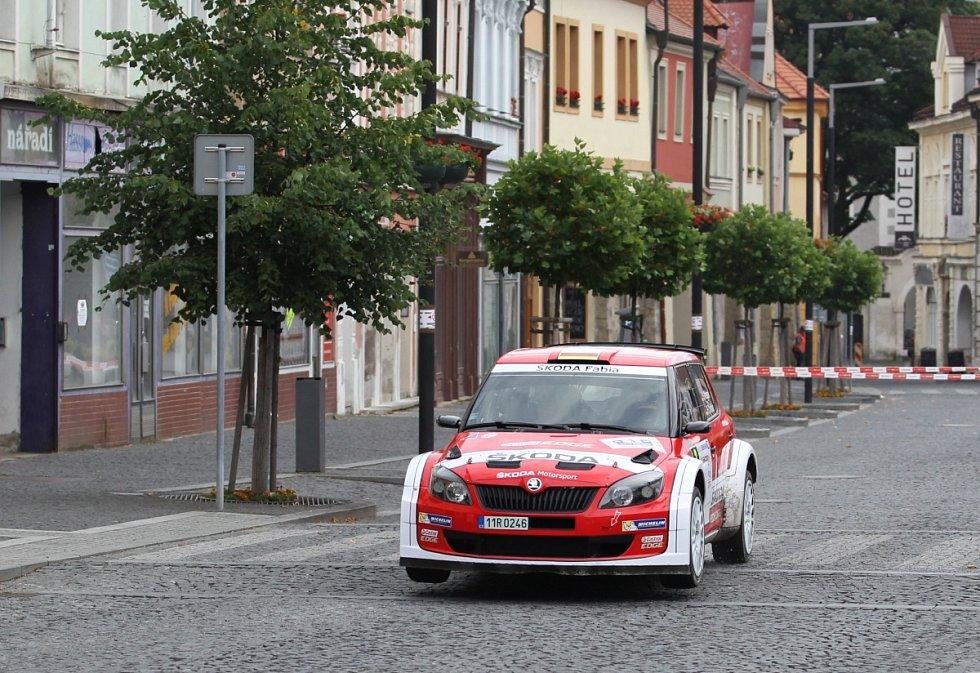 Na snímku je posádka Sepp Wiegand – Frank Christian s vozem Škoda Fabia Super 2000.