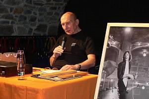 Hudební publicista Jiří Černý.