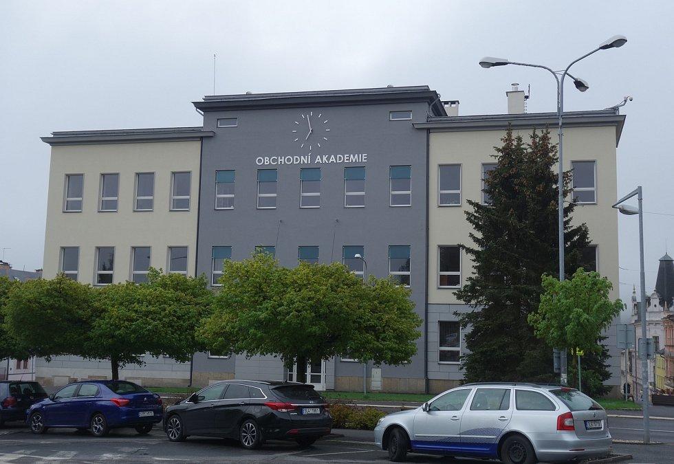 Současná podoba Obchodní akademie v Jablonci nad Nisou.