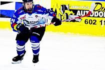 Karolína Hornická obléká dorostenecký dres HC Vlci Jablonec, hraje v útoku a chce se dostat do zahraničí.