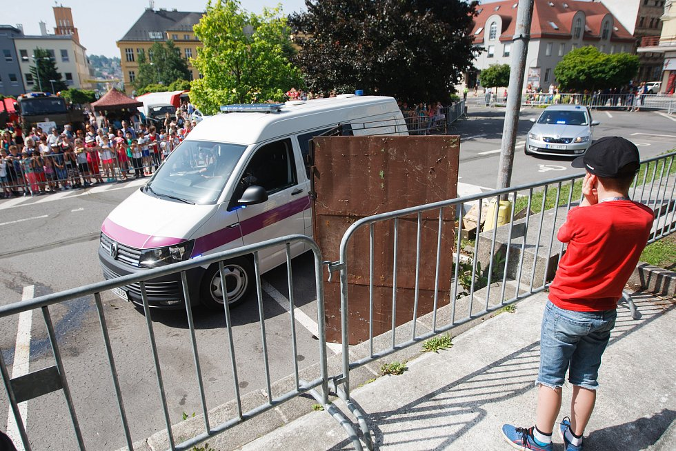 Horní náměstí v Jablonci nad Nisou v úterý hostilo další Den integrovaného záchranného systému.