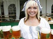 Finalistky soutěže Miss zlatého moku 2009 na soustředění v německém městečku Schöneck v Krušných horách