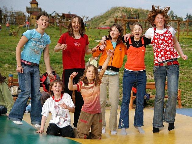 Zábavné atrakce pro děti v areálu Šťastná země