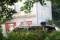 V řece Nise v Jablonci nad Nisou v neděli ráno našli tělo mrtvé ženy. Na místě se nepodařilo určit příčinu smrti.