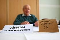 Volební místnost č. 1 na jabloneckém magistrátu