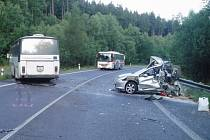 Nehoda zneprůjezdnila hlavní silniční tah z Jablonce nad Nisou na Prahu.