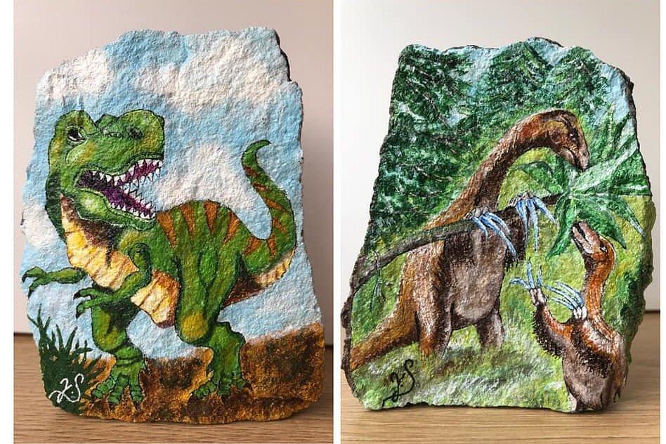 Jitka Sodomková poslala do aukce svého T-Rex a Therizinosaurus. Nový majitel 4000 věnoval pro Safari Park Dvůr Králové.