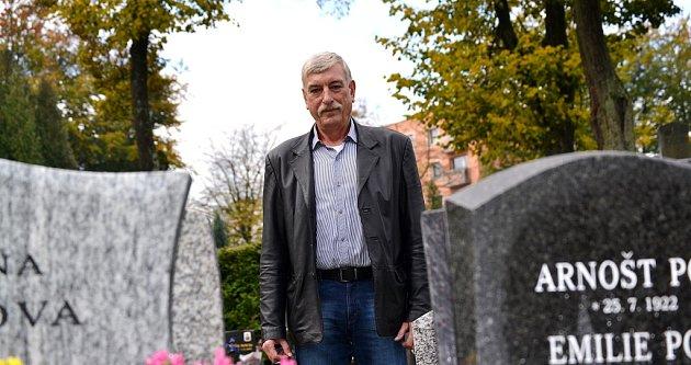 Jablonecký hlavní hřbitov. Je vmajetku města a spravuje jej Ladislav Kopal, majitel Pohřební služby Kopal