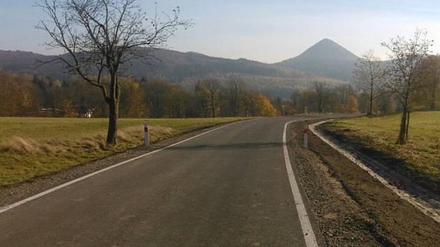 Stav krajských silnic se postupně daří zlepšovat