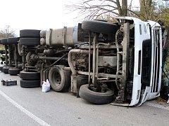 Nehoda kamionu - ilustrační snímek