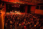 Dan Bárta a kapela Illustratosphere odehráli koncert v jabloneckém Eurocentru.