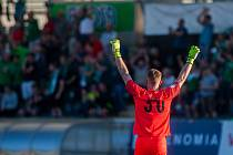 Zápas 28. kola první fotbalové ligy mezi týmy FK Jablonec a MFK Karviná se odehrál 13. května na stadionu Střelnice v Jablonci nad Nisou. Na snímku je brankář Vlastimil Hrubý.