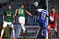 Ani Holešovi (26) se nepodařilo přelstít hostujícího brankáře, který doslova kouzlil a za svá záda si nenechal ulít ani jeden gól.