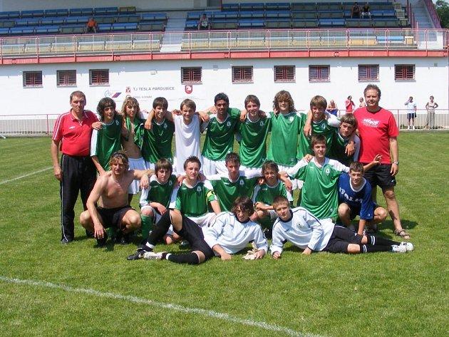 Jablonečtí starší žáci FK Jablonec 97 A vybojovali kolo před koncem soutěže postup do žákovské ligy.
