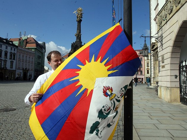 Třeba v Olomouci podpořili Tibet i lidé v ulicích.