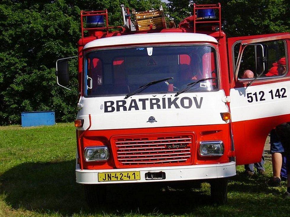 V roce 2006 oslavil SDH Bratříkov 120 let.
