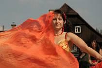 V programu vystoupily tanečnice z klubu Tasmína.