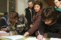 Petice proti zrušení Gymnázia U Balvanu.