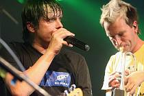První koncert kapely Chinaski s Davidem Kollerem za bicíma v podziním Chinaski Space Tour 2008 se odehrál v jabloneckém Eurocentru v úterý 21. října. Sál byl zcela vyprodán.