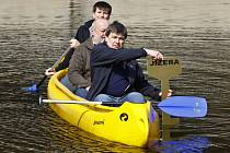 Odemykání Jizery 2014 na Žluté plovárně