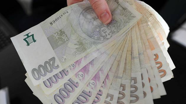 Peníze - ilustrační snímek
