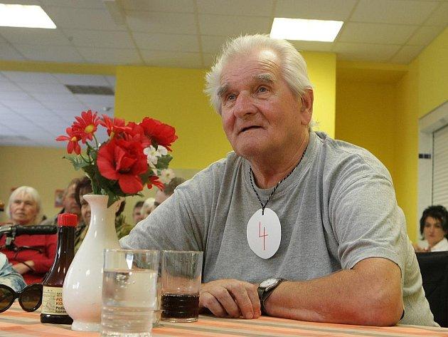 Klienti domova pro seniory ve Velkých Hamrech si zahráli obdobu známé televizní vědomostní soutěže, takzvaný Hamrovský risk.