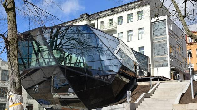 Přístavba Muzea skla a bižuterie Jablonec nad Nisou.
