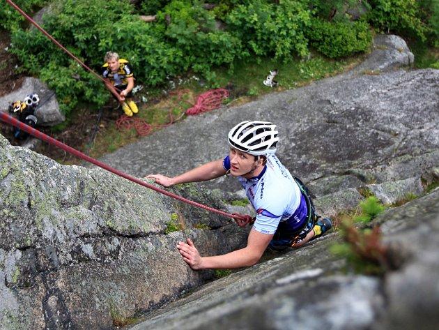 Na Liberecku a Jablonecku se uskutečnil druhý ročník adrenalinového závodu Liberecký survival.