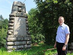Památník na Dobré Vodě patří k nejzachovalejších. Sám se o tom přesvědčil se o tom i náměstek Lukáš Pleticha.
