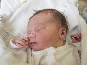 KATEŘINA HORÁKOVÁ se narodila ve středu 3. května mamince Daniele Horákové z Huntířova. Měřila 51 cm a vážila 3,34 kg.