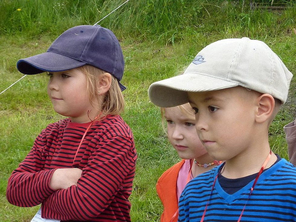 Sbor dobrovolných hasičů Malá Skála - Mukařov. S dětmi.