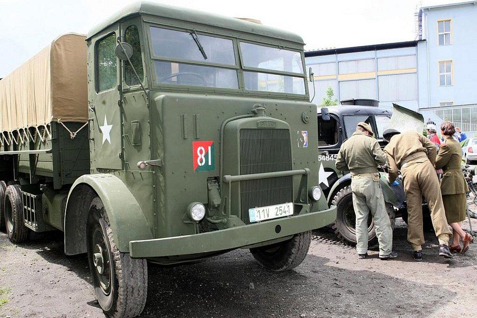 Setkání s tankovými veterány v Muzeu obrněné techniky ve Smržovce