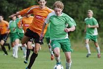 Velké Hamry (v zeleném) nestačily na Stráž nad Nisou. Zápas prohrály 0:3.