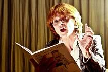 Ve čtvrtek 9. září četla pohádku dětem v kinu Junior Taťjana Medvecká.
