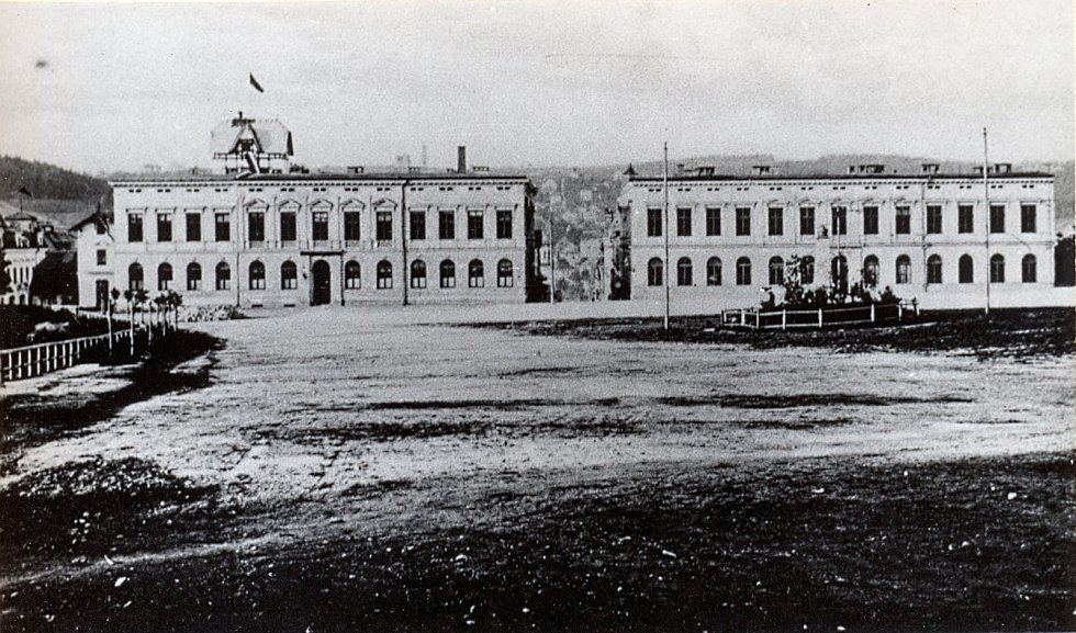 Historická podoba Obchodní akademie v Jablonci nad Nisou.