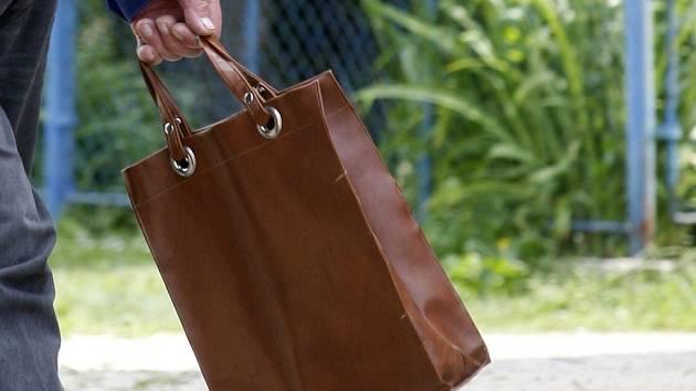 Nákupní taška. Ilustrační snímek.