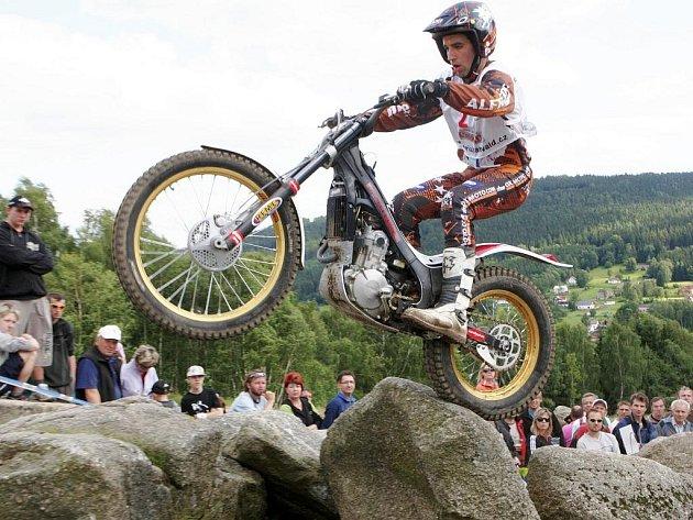 V Tanvaldu se jelo Mistrovství Evropy v trialovém ježdění. Na snímku Alfredo Gomez.