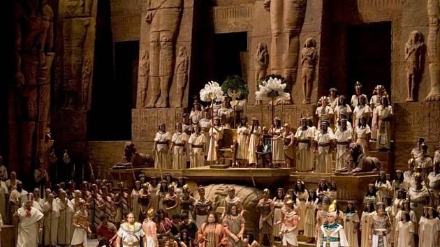 Aida v nastudování Metropolitan Opera v roce 2009