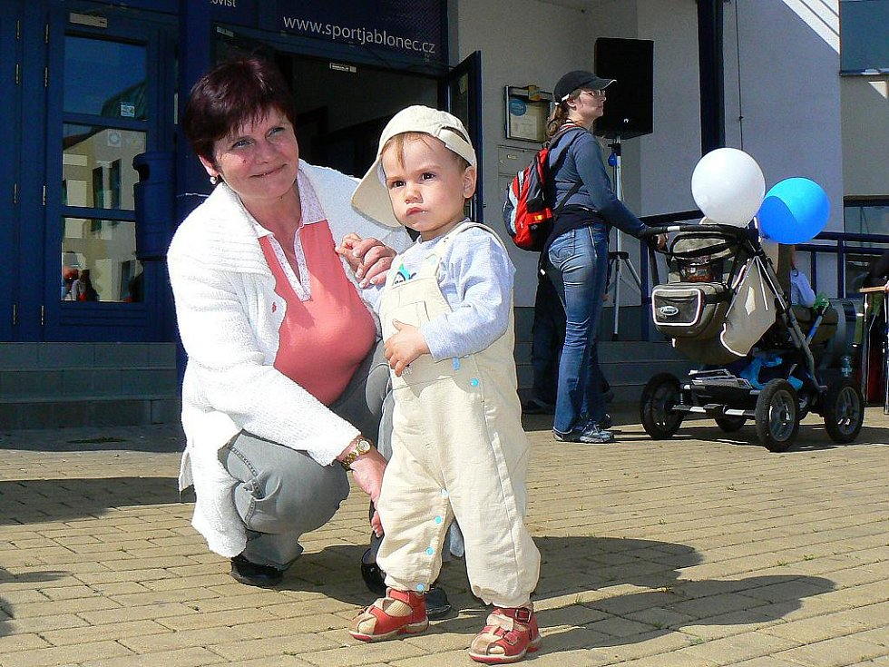 Jablonecký deník spolu se společností Sport Jablonec a útulkem pro opuštěná zvířata Dášenka pořádal Velký dětský den.