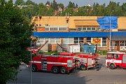 Hasiči zasahovali 23. května u požáru střechy plaveckého bazénu v Jablonci nad Nisou.