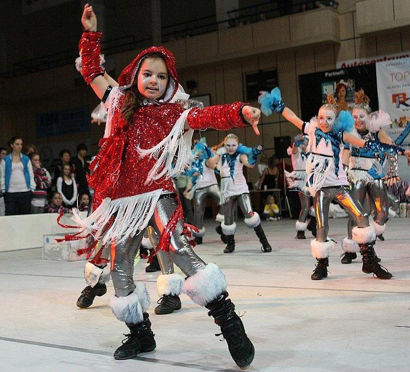 Topgall Dance Live Tour 2011 - mistrovství České republiky tanečních skupin - oblastní kolo v Jablonci nad Nisou. Taneční skupina Takt.