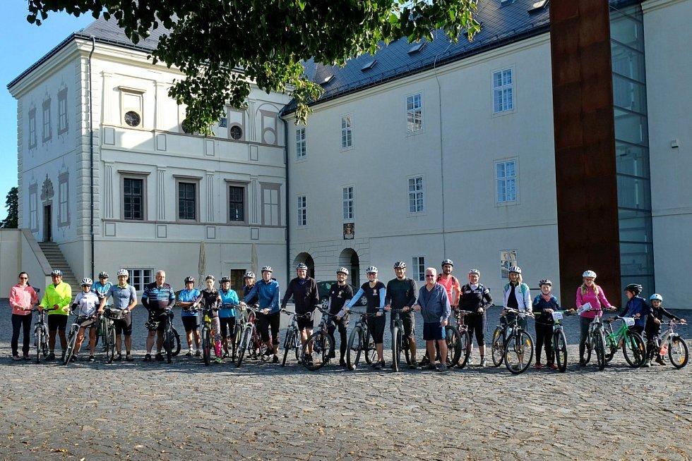 Vneděli 20. září se uskutečnila cyklojízda na trase plánované cyklostezky Greenway Jizera mezi Svijany a Bakovem nad Jizerou.