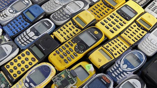 Mobilní telefon. Ilustrační snímek.