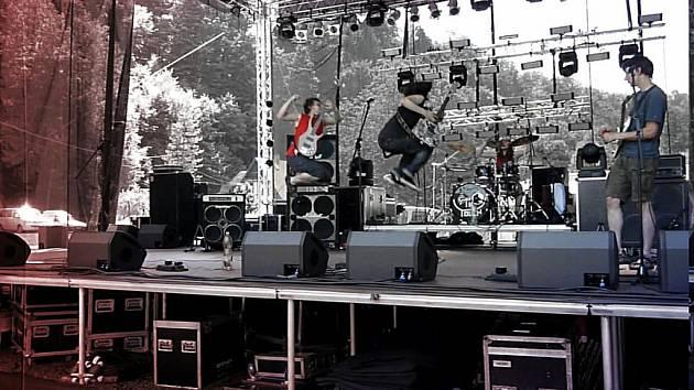 In Touch na Koza festu hráli i před Alešem Brichtou.