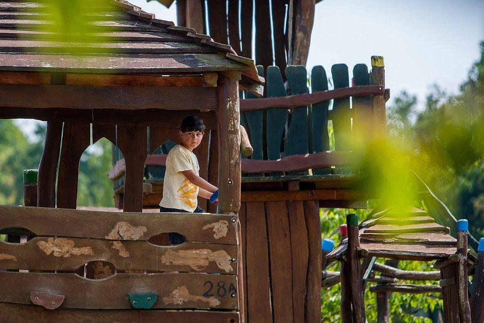 Slavnosti slámy proběhly 4. srpna v přírodním zábavním parku Šťastná země v Radvánovicích u Turnova na Semilsku.