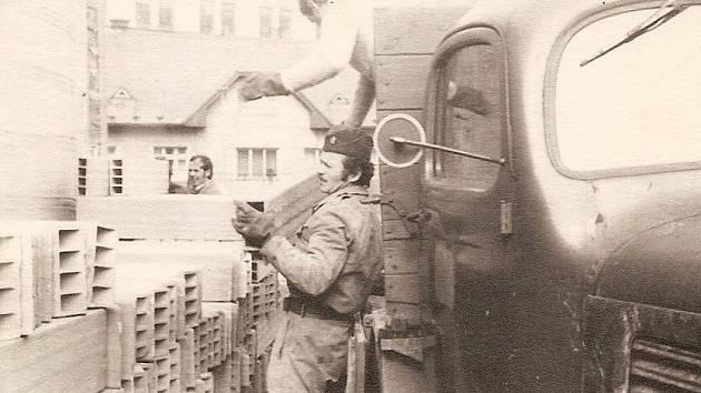 Výročí 50 let od založení slaví profesionální hasiči ze stanice Semily.