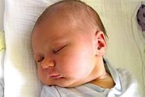 Vít Elián Bartůněk se narodil Tereze Nemeth a Vítovi Bartůňkovi z Jablonce nad Nisou 25. 4. 2016. Měřil 50 cm a vážil 418O g.