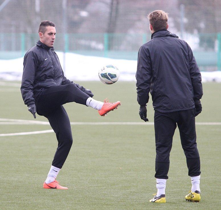 Fotbalisté Jablonce zahájili ve středu zimní přípravu. Na snímku Lukáš Zoubele a Vít Beneš (vpravo) při tréninku.