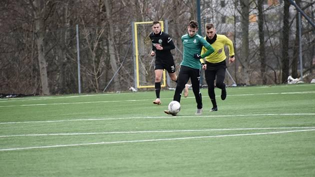 V přátelském zápase jablonecké rezervy s áčkem Velkých Hamrů nešlo o góly, ale o to, aby si v zimní přípravě oba týmy zahrály.