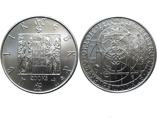 Pamětní stříbrná dvousetkoruna emitovaná Českou národní bankou připomíná 600. výročí sestrojení Staroměstského orloje.